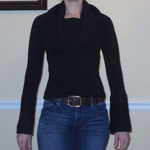 Autumn cashmere, Black cowl neck sweater.