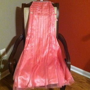 Dresses & Skirts - Pink Long Princess Dress 14 tween..BEAUTIFUL!!