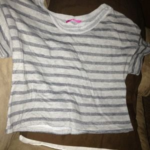 Tops - Crop t shirt