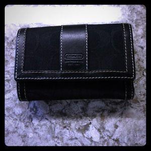 *AUTHENTIC* Coach black signature wallet.