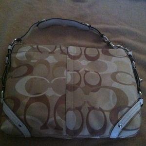 BRaND NEW Coach Signature Collection Handbag!!!