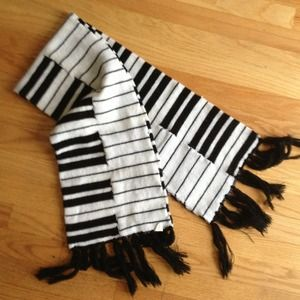 Bundle: Piano scarf and red tights