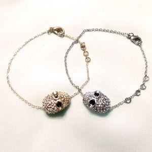 1 Rhinestone skull bracelet (silver)