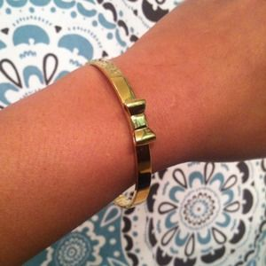 "kate spade Jewelry - Kate Spade ""take a bow"" bracelet"
