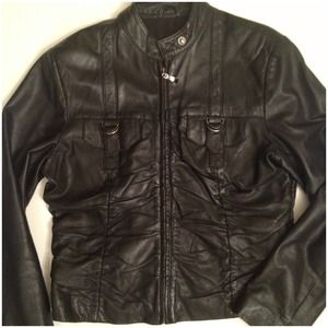 Jackets & Coats - Cropped pin tucked front Leather jacket 4