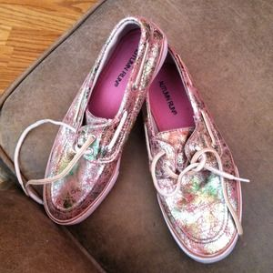 Shoes - RARE multicolor Sperry like shoes size 7!