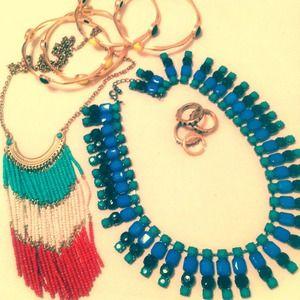 Set of 2 statement necklaces