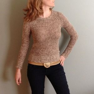 (*) American Eagle heathered tan and white sweater