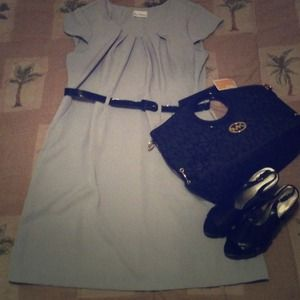 Dresses & Skirts - 💢SOLD💢 Grey belted dress
