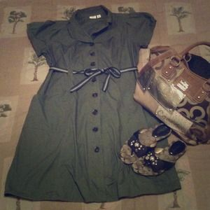 Dresses & Skirts - 💢SOLD💢 Olive green Dress