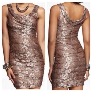 💝 Reduced price 😘 Gold lace dress