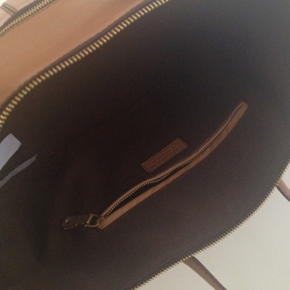 Zara Handbags - Large leather tote! Price negotiable ! 3