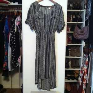 Urban Outfitters Dresses & Skirts - Silence + Noise Slit-Back Shirtdress