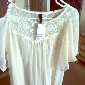 H&M Tops - Sheer, flirty h&m ivory top.