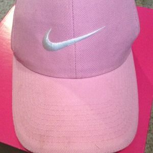 PINK NIKE BASEBALL HAT on The Hunt e858fa74d47