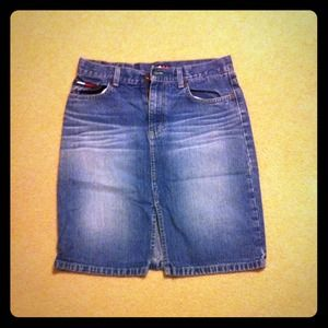 Dresses & Skirts - Reserved!!!! Tommy skirt knee length sz 5