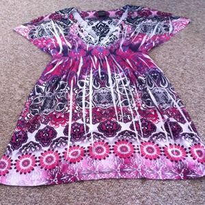 Dresses & Skirts - Very cute and comfortable dress!