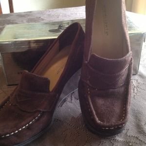 Penny loafer with wedge heel