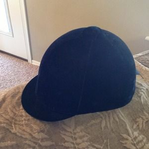 Accessories - Black velvet equestrian riding hat. Size 6 7/8