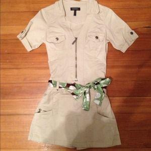 Buffalo Dresses & Skirts - 🍀Tan Jumper w Belt,  Super Cute!