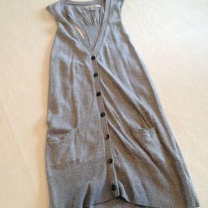 ❌❌❌bundled❌❌❌Old Navy gray sweater vest.