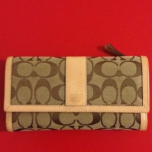 Coach Signature Large Wallet
