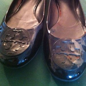 Black patent leather Tory Burch shoes, size 8.