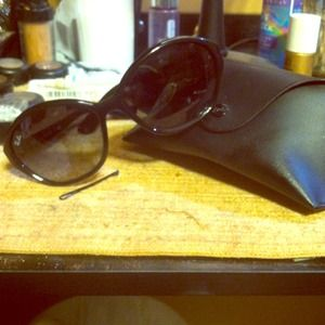 Ray Ban RB4164 Women's Sunnies in Black