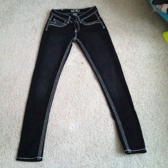 💥SOLD💥 NWOT Black jeans with white stitching Size 3 from Kira's ...