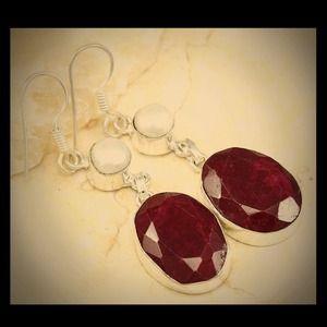 .925 Genuine Garnet & Cultured Pearl SS earring