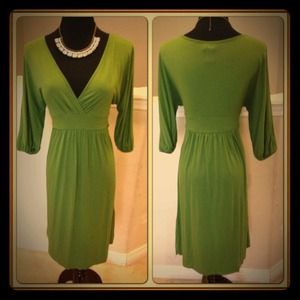 ⛔Reserved/Bundled⛔ for @lmc6257 Green dress