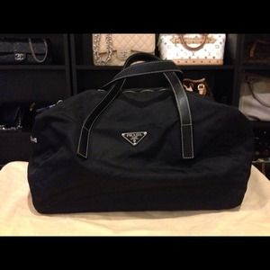 prada nylon leather tote - Elaine\u0026#39;s Closet on Poshmark - @elaine4991