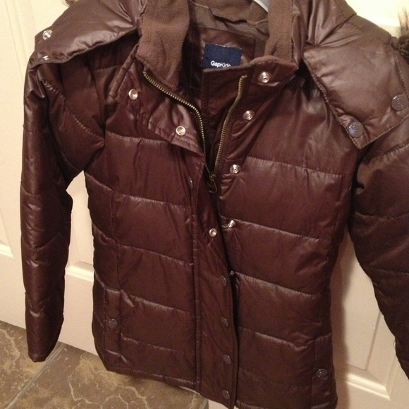 71% off GAP Other - REDUCED! Brown Gap kids puffer jacket with