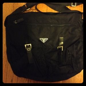 Hold--Authentic Prada messenger bag. Vela sport.
