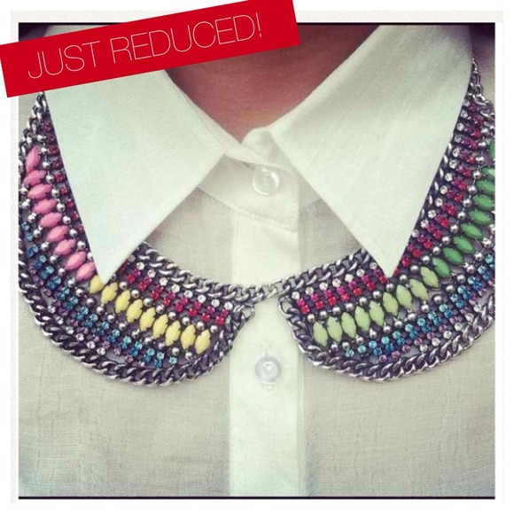 Jewelry - Reduction!!!! 😱Last one!!Colorful collar bib