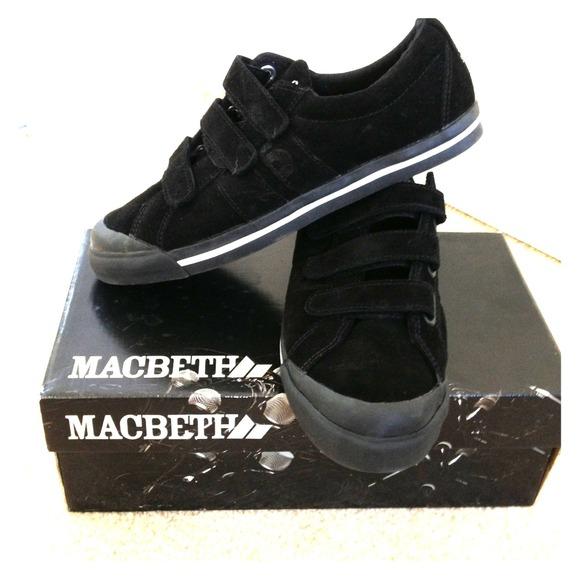 Macbeth Shoes   REDUCED    Macbeth Eliot edition. 44  off Macbeth Shoes   REDUCED    Macbeth Eliot edition from