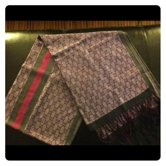 0f58402c9 Gucci Accessories | Scarf 3 Days Only | Poshmark