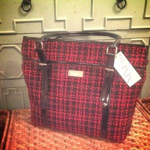 Nine West Handbags - New, Nine West black and red purse