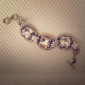 Jewelry - Golden jeweled bracelet from GILT Groupe