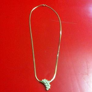 Cute gold(color) necklace :)
