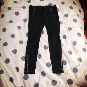 Zara Pants in Dark Green
