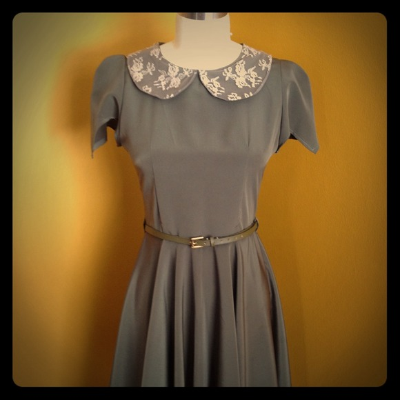 Kelly Lynne  Dresses & Skirts - Vintage style olive dress
