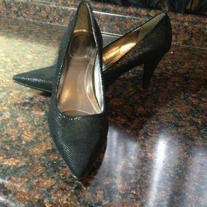 RESERVED Calvin Klien pointy toe pumps