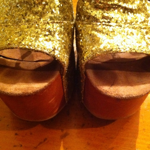 Jeffrey Campbell Shoes - {Reduced} Gold Glitter Jeffrey Campbell Heels! 2