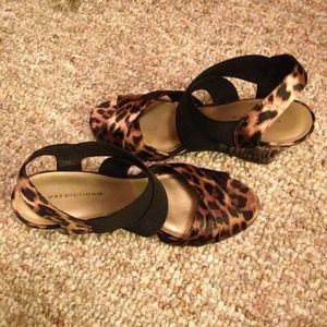 New cheetah wedges size 6.5!
