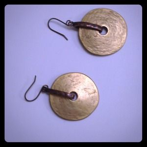 Jewelry - Pierced earrings