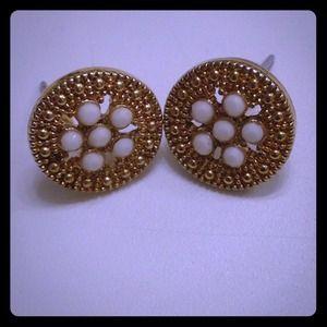 Jewelry - Dime size earrings