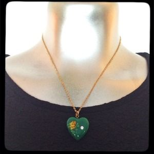 pretty green painted heart necklace