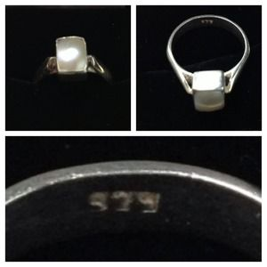 Jewelry - ✨Bundled✨ Mother-Of-Pearl Sterling Silver Ring...