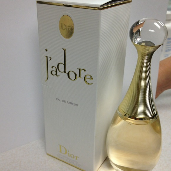 What Does J Adore Perfume Smell Like: J'adore Dior Perfume From Varda's Closet On Poshmark